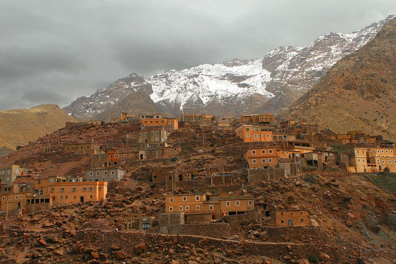 1280px-Berber_village_Atlas