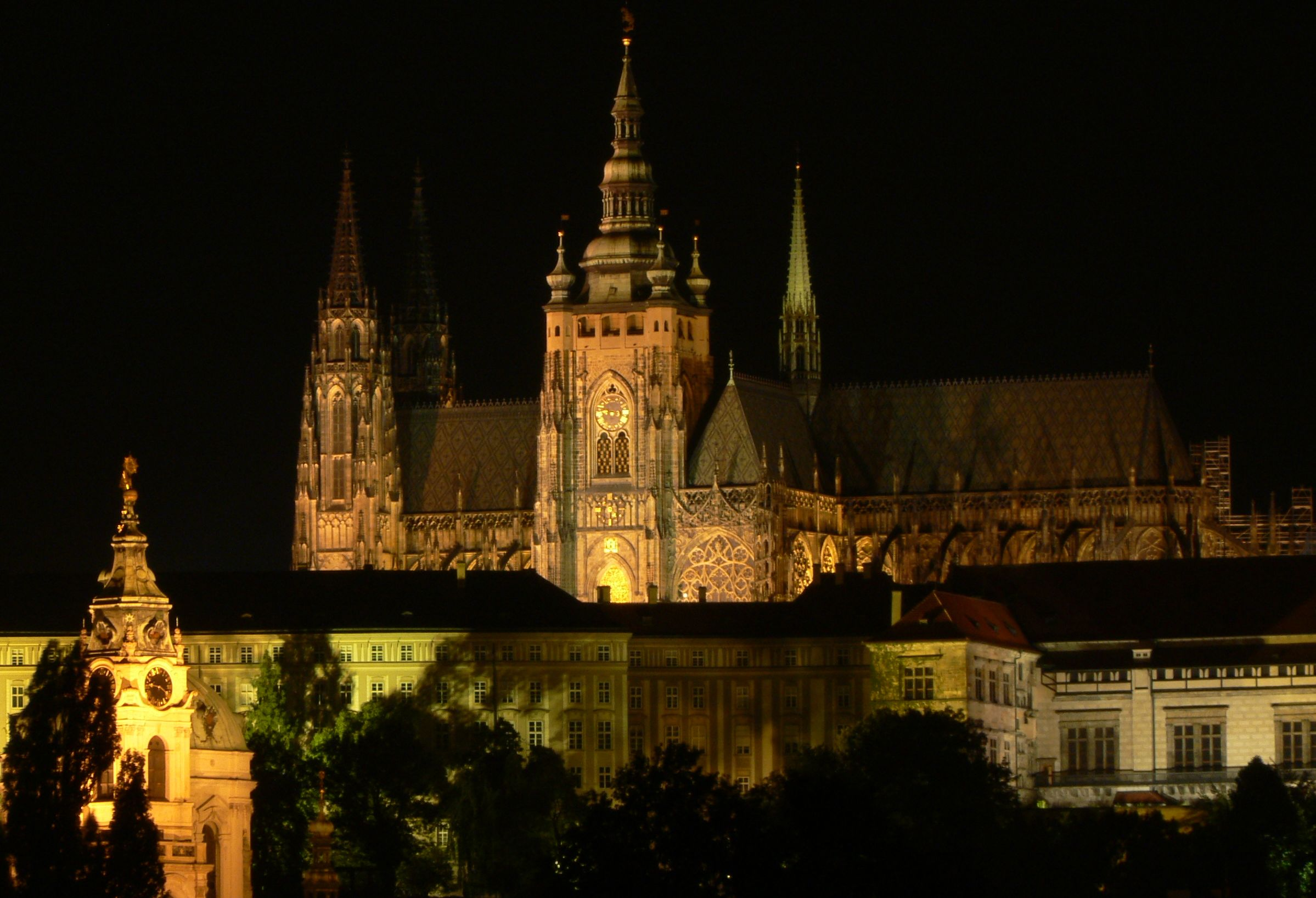 Saint_Vitus_Cathedral,Prague,night